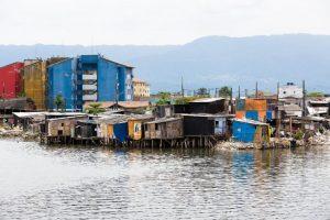 favela rio de janeiro beira da água