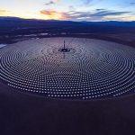 Veja como funciona a primeira usina solar que produz energia 24 horas por dia