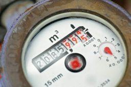 Da autoleitura ao hidrômetro inteligente: como o consumo de água será medido no futuro