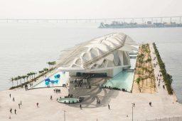 vista aerea do porto maravilha e do museu do amanhã