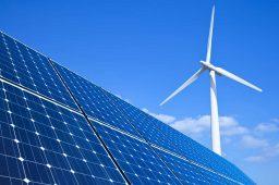 Energias solar e eólica vão ultrapassar hidrelétrica no Brasil até 2040, diz estudo