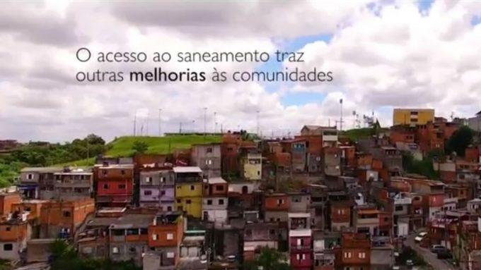 O que muda com a chegada do saneamento básico? Minidocumentário reúne relatos de moradores de quatro regiões paulistas que passaram a ter água tratada e acesso a rede de esgotos; veja LEIA MAIS (Foto: RYD Engenharia, Divulgação)
