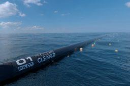 Controverso projeto para limpar os oceanos começa a funcionar em 2018