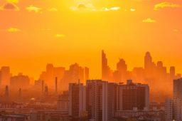 Até 74% da população estará exposta a ondas de calor fatais até 2100