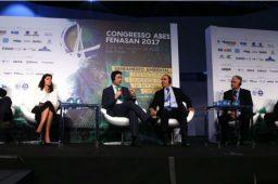 Universalização é tema de painel com ministro e presidentes de empresas de saneamento
