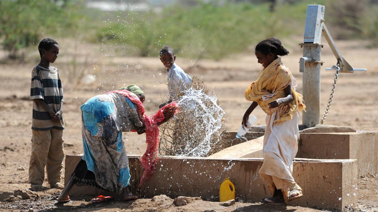 Investimento em saúde e nutrição potencializa aportes em saneamento, diz Banco Mundial