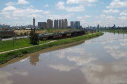 Poluição da água mata 1,8 milhão de pessoas por ano, diz estudo