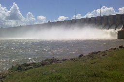 Sudeste e Centro-Oeste: reservatórios de hidrelétricas têm o pior outubro desde 2000