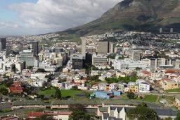 Cidade do Cabo: fim da água na cidade é empurrado para julho